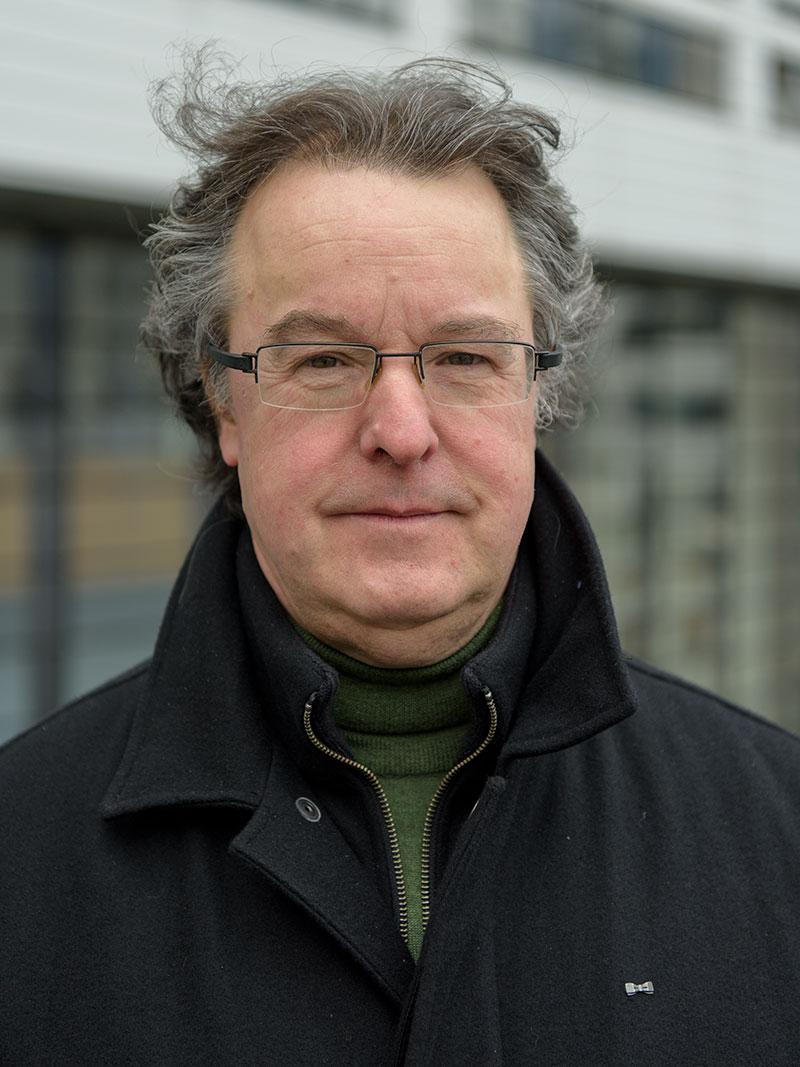 Roland Hangelbroek zangdocent - stemcoach - koordirigent